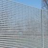 Nuova Defim группы Feralpi – единственная компания в Европе, специализирующаяся на производстве специальных электросварных сеток и решеток, заборов и оград марки Orsogril для профессионального, промышленного, общественного и военного назначения.-7383